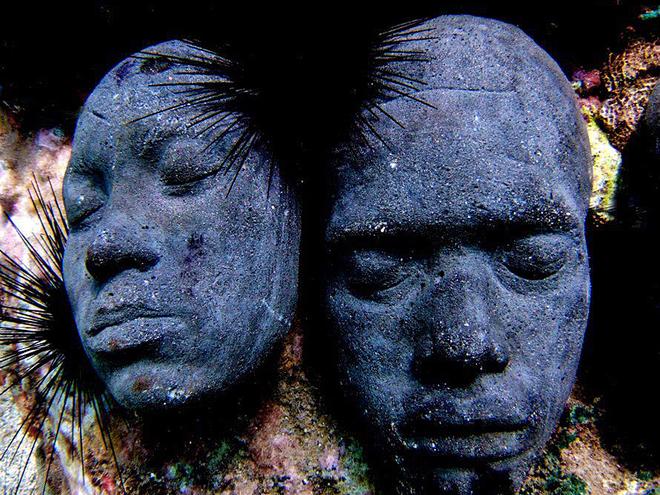 Підводні скульптури на острові Гренада