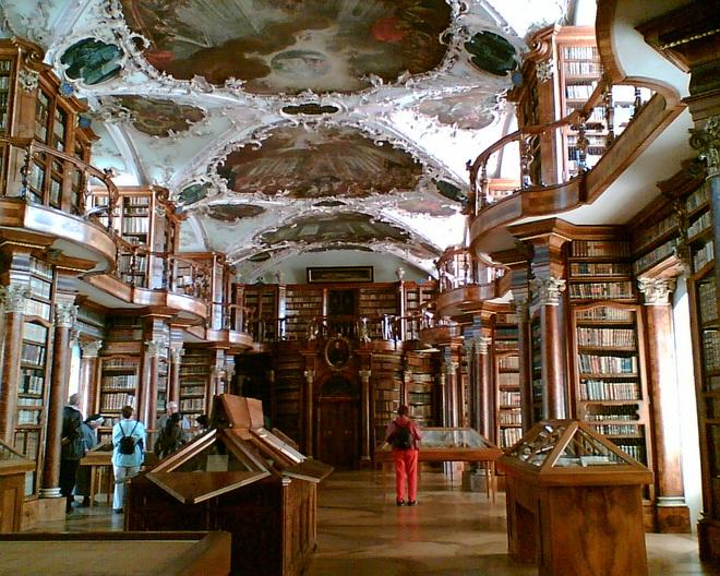 Бібліотека монастиря святого Галла, Швейцарія