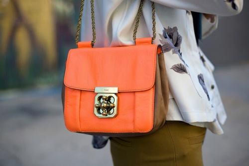 Оранжевый цвет - как и с чем носить