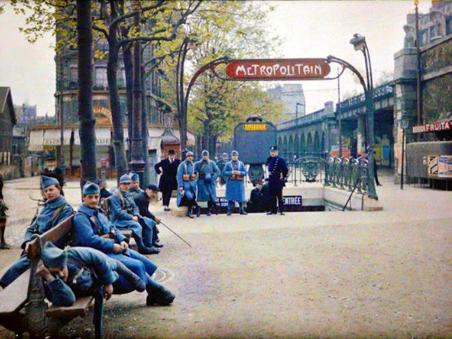 Старий Париж: рідкісні кольорові фото братів Люм'єр