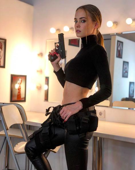 Екатерина Ковальчук на съёмках фильма Roy