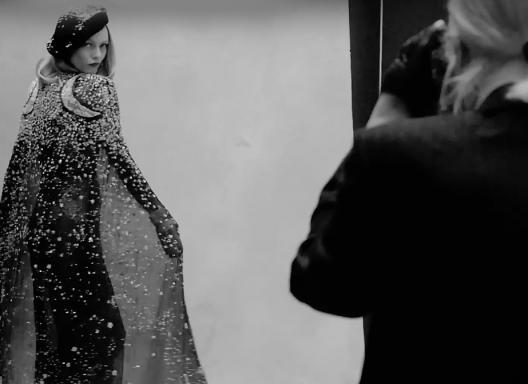 """Ванесса Паради в съемке Карла Лагерфельда для французской """"Библии моды"""""""