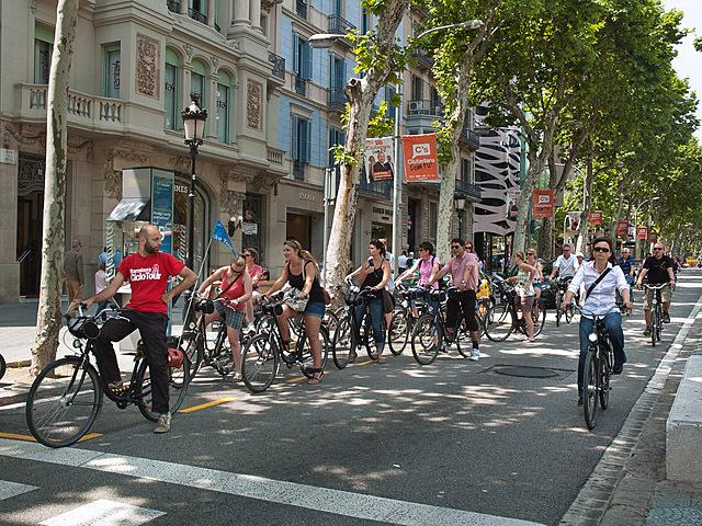 Где рай для велосипедистов: Барселона
