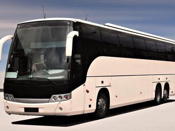 Польський автобусний лоукостер заходить в Україну