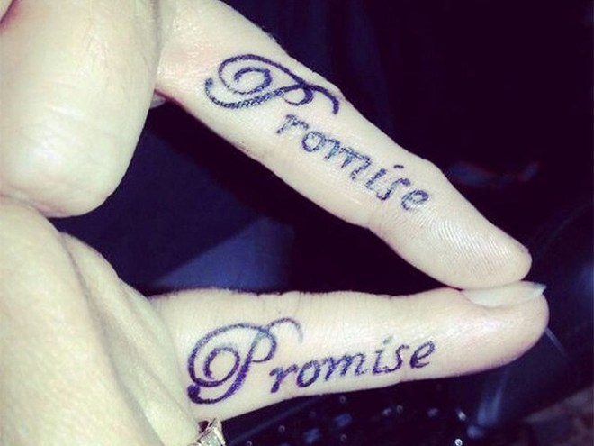 Татуировки для влюбленных пар (12 фото)