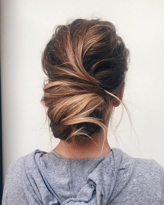 Зачіски на вітряну погоду