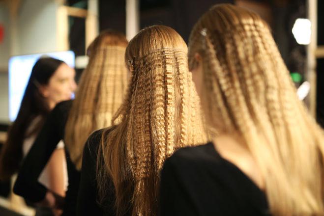 Полировка волос: что это за процедура и кому она подходит?