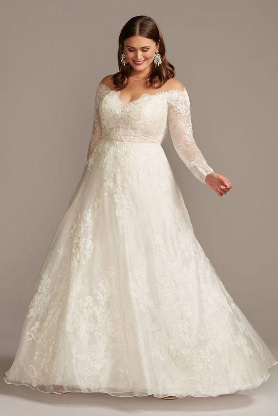 Модні весільні сукні для дівчат з пишними формами