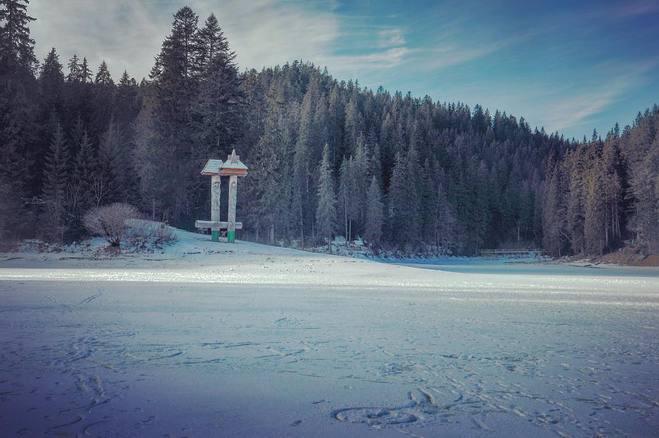 Тур выходного дня на озере Синевир