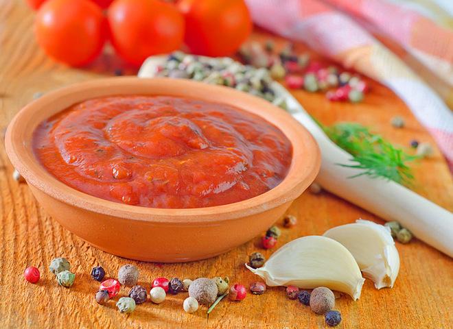 Аджика из помидоров вареная