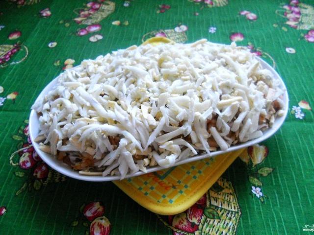 Слоеные салаты с путассу с фото
