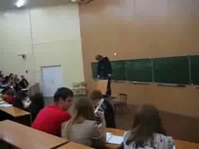 studentki-v-obshezhitii-porno-video-onlayn