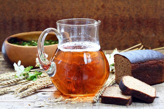 Як зробити квас: освіжаючі рецепти у спеку