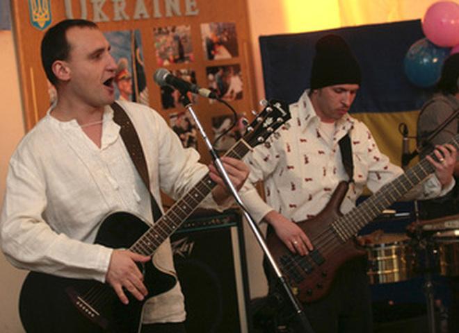 Мандри выступили в Косово