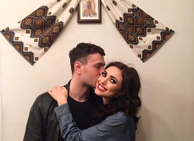 """Віка з """"НеАнгелів"""" виходить заміж"""