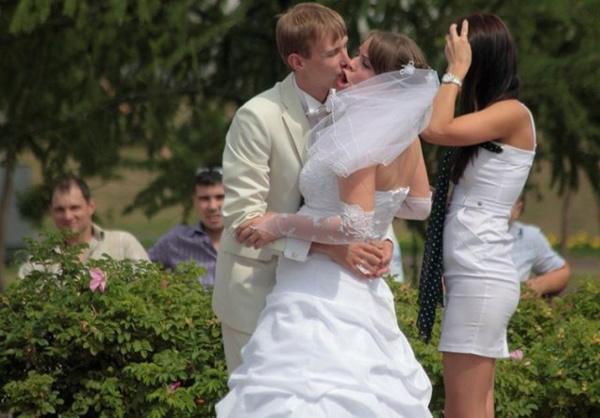 ТОП 10 неудачных поцелуев