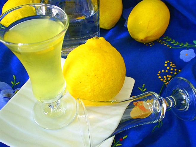 """Алкогольний напій """"Лимончелло"""""""