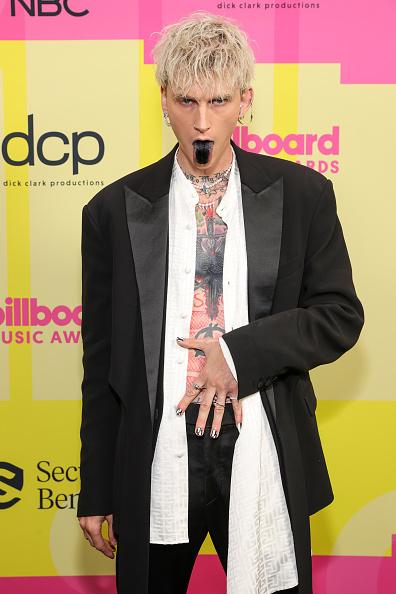 Репер Machine Gun Kelly на Billboard Music Awards