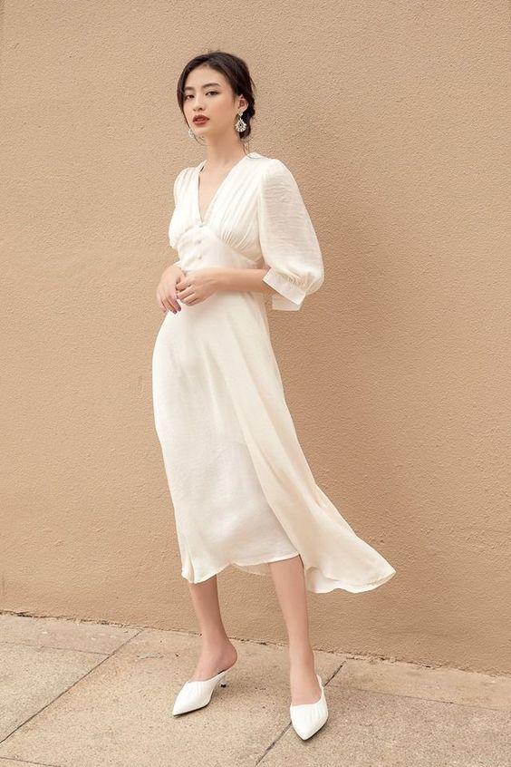 Біла сукня