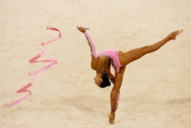 Открытка на День физической культуры и спорта Украины