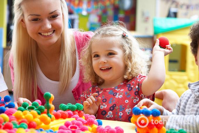 дитина, дитина і мама, розвиток дитини, ігри з дитиною