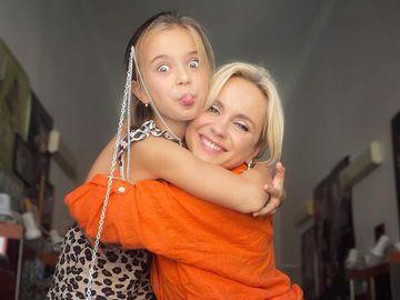 Лилия Ребрик со старшей дочерью