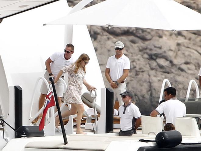 принцесса Беатрис на яхте Абрамовича