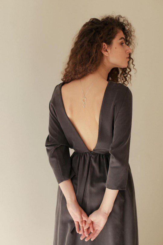 10 повсякденних суконь з відкритою спиною, які зроблять твій гардероб яскравіше