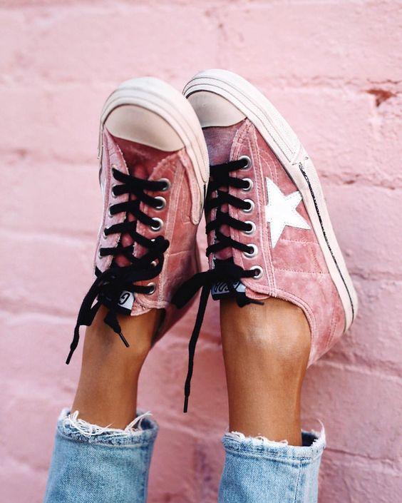 Бархатная обувь на лето