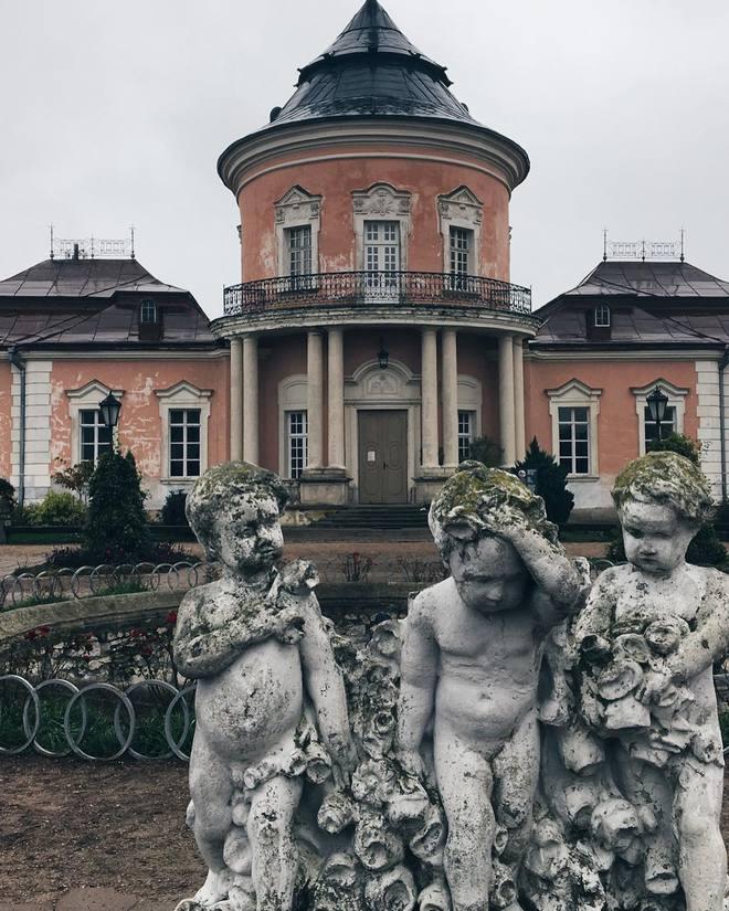 Замки с привидениями
