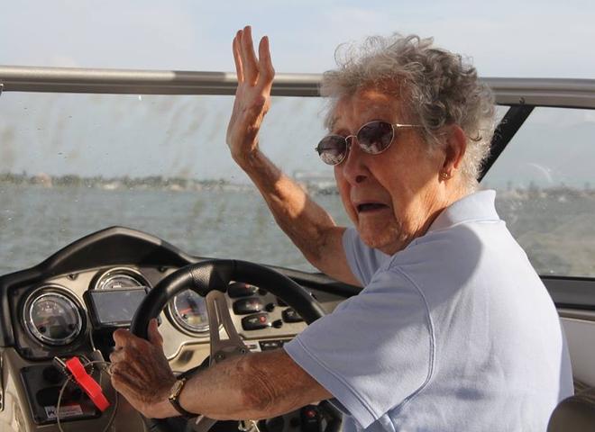 Нора відмовилася лікуватися заради своєї мрії - подорожей.
