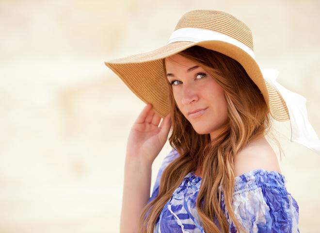 Девушка в шляпе, головной убор, лето, солнце, солнечный удар