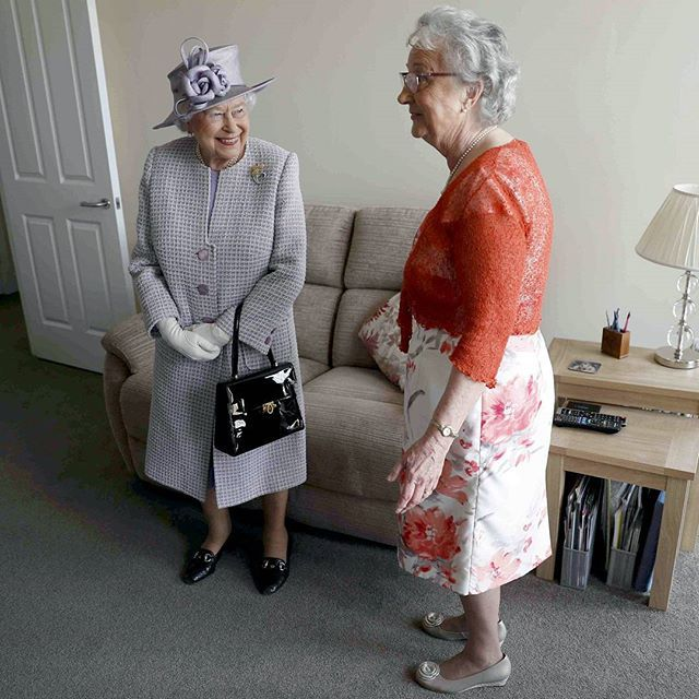 Єлизавета II - туфлі королеви