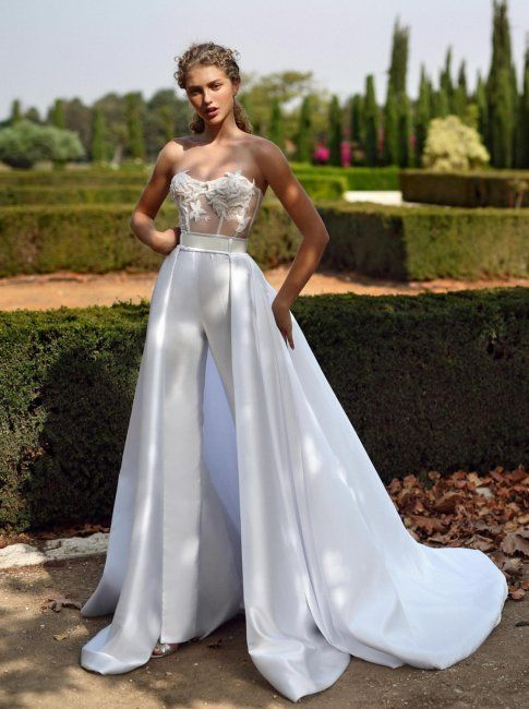Весільні сукні для нареченої під знаком зодіаку Лев