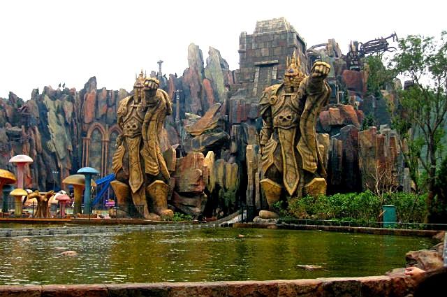 По тропам любимых героев: Парк World Joyland, Чанчжоу, Китай