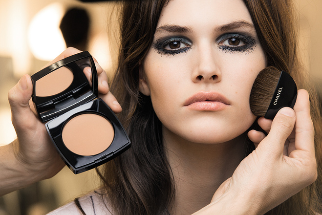 beauty-образы показа Chanel Métiers d'Arts