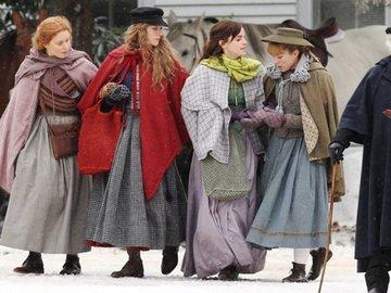 """Сірша Ронан, Емма Уотсон і Меріл Стріп в першому трейлері до фільму """"Маленькі жінки"""""""