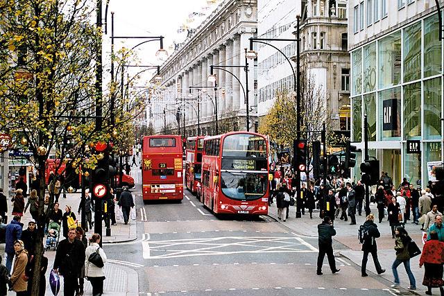 5 кращих шопінг-авеню: Oxford Street