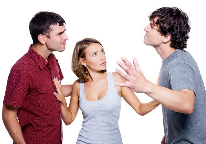 Как заставить мужчину сделать выбор между двумя женщинами