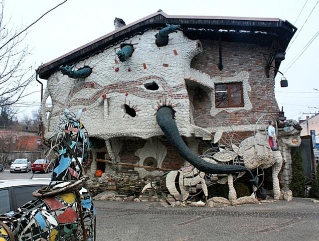 Необычные строения Украины: ресторан «Старый млын», Тернополь