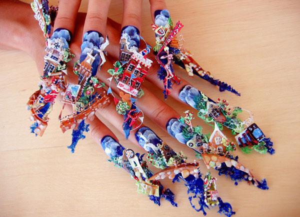 Непрактичный маникюр от японских модников