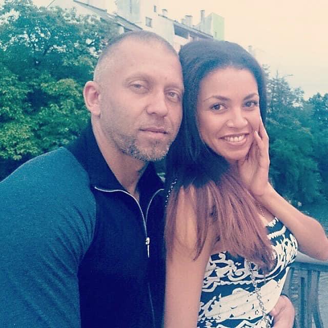 Поліна Ололо з Серьогою