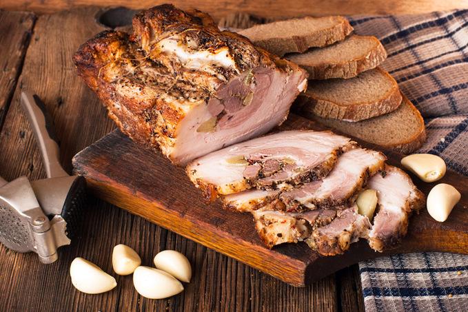 Великоднє меню: ТОП-10 рецептів м'ясних страв з фото