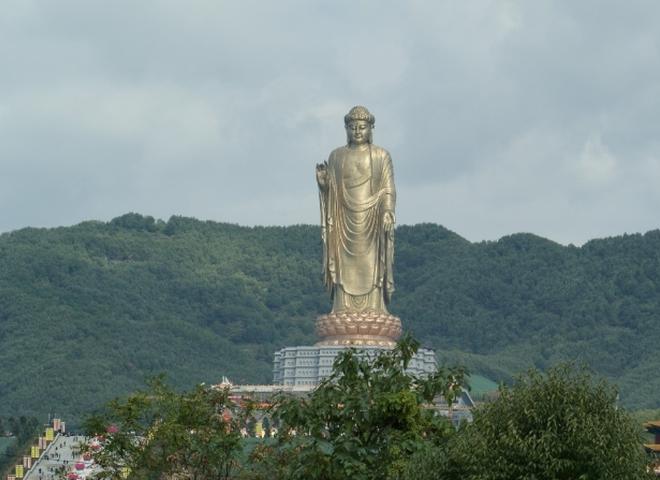 Найбільші статуї Будди в світі: Будда Весняного Храму