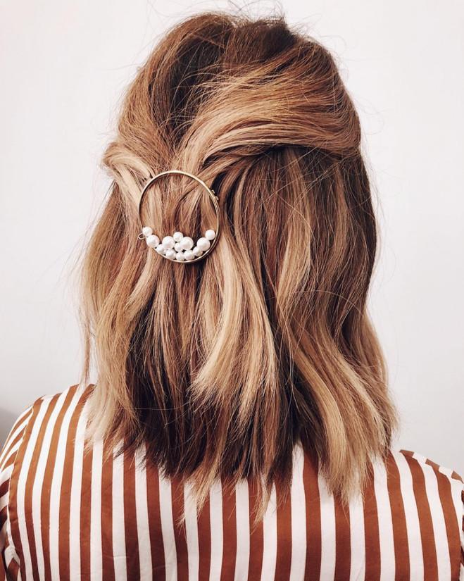 Прически для отращивания волос
