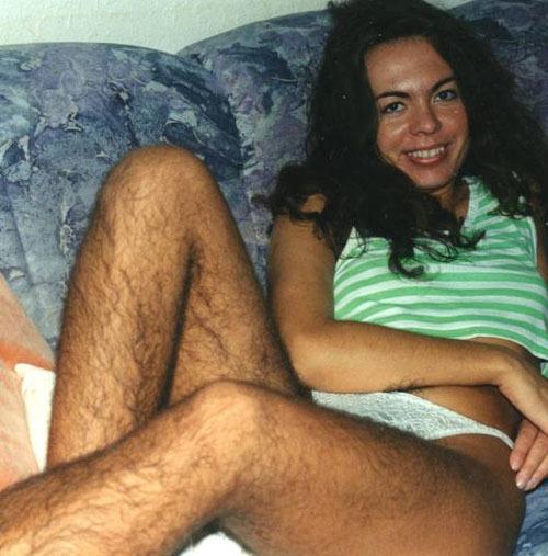 Девушка, причешите ноги!