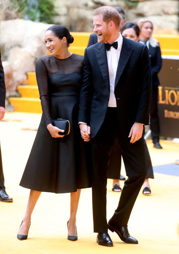 """Меган Маркл и принц Гарри на премьере """"Короля Льва"""" в Лондоне"""