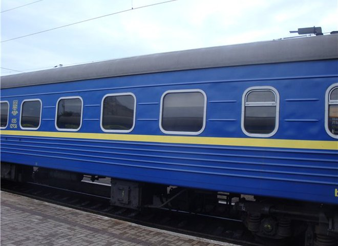 Из Киева в Ивано-Франковск запустят скоростной поезд с новыми вагонами-трансформерами