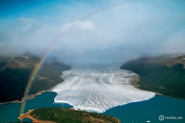Ледник Перито Морено, недалеко от аргентинского города Эль Калафате в аргентинской провинции Патагонияарге