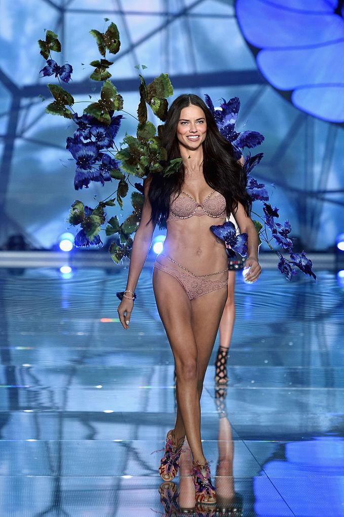 Адриана Лима Victoria's Secret